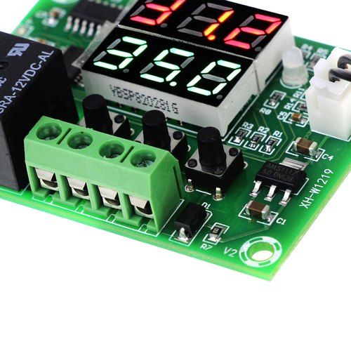 XH-W1219 Waterproof Sensor 12V Thermostat Temperature Controller LED Display